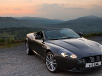 2010 Aston Martin DB9, 4 of 7