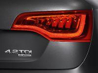 2010 Audi Q7 4.2 TDI, 13 of 25
