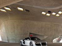 2010 Audi R8 5.2 FSI quattro, 12 of 13