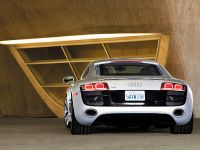 2010 Audi R8 5.2 FSI quattro, 2 of 13