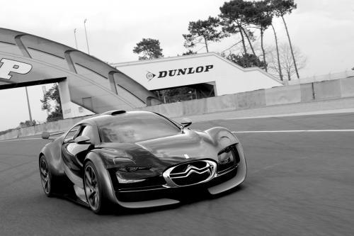 Citroen Survolt в Le Mans Circuit