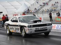 2010 Dodge Challenger Drag Pak, 2 of 2