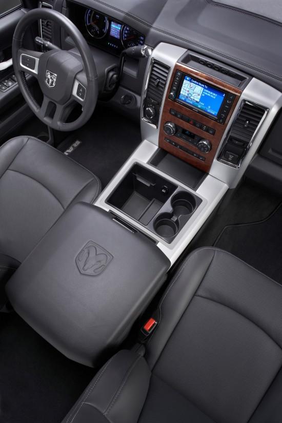 Dodge Ram 2500 Laramie Crew Cab