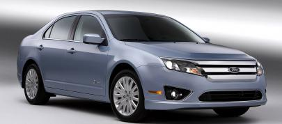 Ford Fusion (2010) - picture 7 of 18
