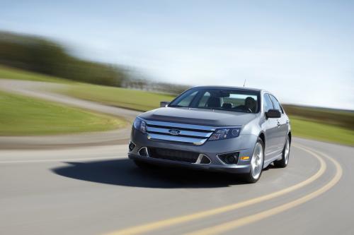 Ford Fusion (2010) - picture 1 of 18