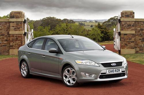 2010 Ford Mondeo поставляется с улучшенным двигателем диапазон и оборудования