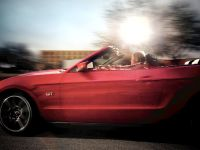 2010 Ford Mustang Convertible, 3 of 6