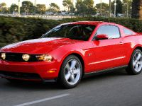 2010 Ford Mustang GT, 5 of 14