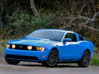 2010 Ford Mustang GT, 9 of 14