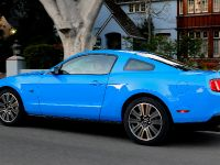 2010 Ford Mustang GT, 12 of 14