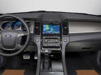 2010 Ford Taurus SHO, 16 of 19