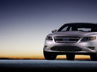 2010 Ford Taurus, 7 of 27