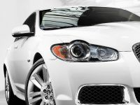 2010 Jaguar XFR, 18 of 21