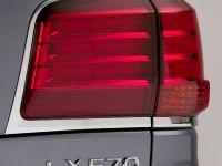 2010 Lexus LX 570, 49 of 63