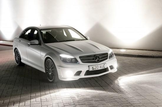 Mercedes-Benz DR520