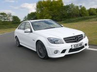 2010 Mercedes-Benz DR520, 1 of 9