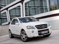 2010 Mercedes-Benz ML 63 AMG Facelift, 3 of 7