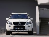 2010 Mercedes-Benz ML 63 AMG Facelift, 5 of 7