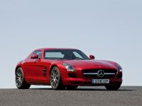 2010 Mercedes-Benz SLS AMG, 7 of 36