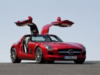 2010 Mercedes-Benz SLS AMG, 8 of 36