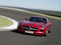 2010 Mercedes-Benz SLS AMG, 12 of 36