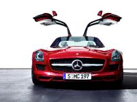 2010 Mercedes-Benz SLS AMG, 14 of 36
