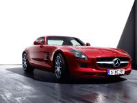2010 Mercedes-Benz SLS AMG, 15 of 36