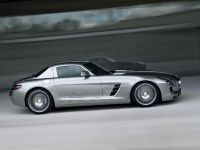 2010 Mercedes-Benz SLS AMG, 22 of 36