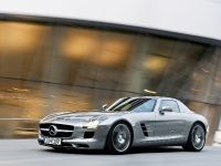 2010 Mercedes-Benz SLS AMG, 24 of 36