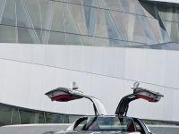 2010 Mercedes-Benz SLS AMG, 26 of 36