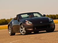 2010 Nissan 370Z Roadster, 14 of 20