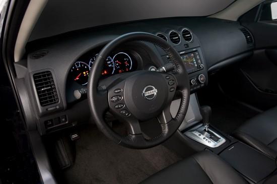 Nissan Altima Sedan