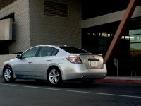 2010 Nissan Altima Sedan, 4 of 50