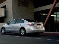 thumbnail image of 2010 Nissan Altima Sedan