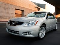 2010 Nissan Altima Sedan, 8 of 50