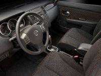 2010 Nissan Versa, 33 of 35