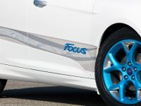 2010 Personalization Ford Focus, 3 of 4
