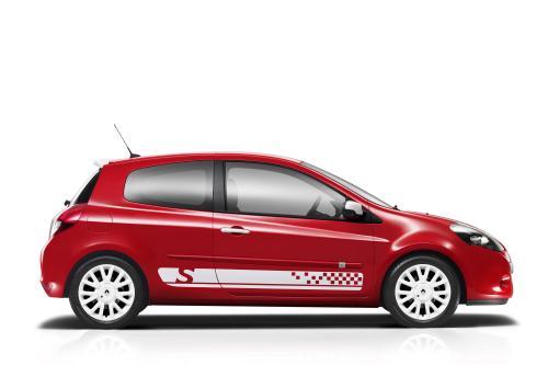 Renault возрождает могучий Clio S для модели 2010 года