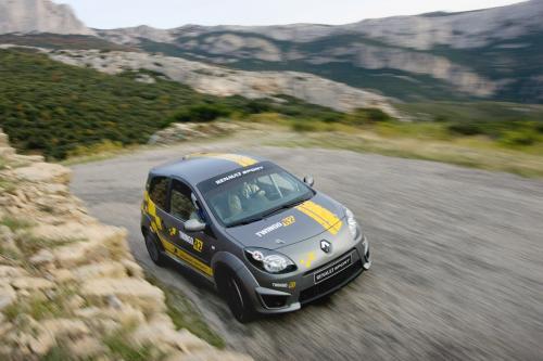 Renault выпустила Twingo Renaultsport R2 комплект