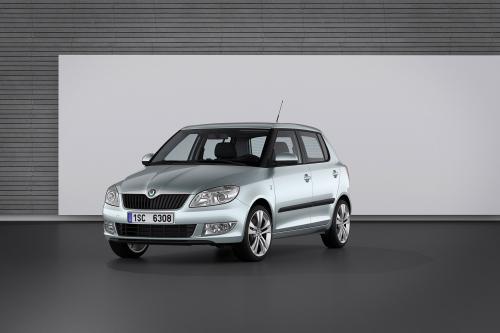 Россия начала производство 2010 Skoda Fabia facelift