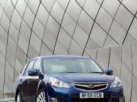 2010 Subaru Legacy Tourer, 2 of 10