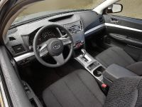 Subaru Legacy Sedan 2.5i, 2 of 10