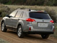 2010 Subaru Outback, 15 of 16