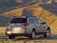 2010 Subaru Outback, 14 of 16