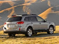 2010 Subaru Outback, 12 of 16
