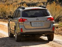 2010 Subaru Outback, 10 of 16