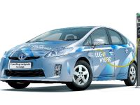 2010 Toyota Prius Plug-in Hybrid Concept, 3 of 4