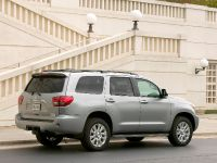 2010 Toyota Sequoia Platinum, 11 of 14