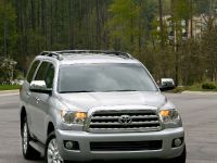 2010 Toyota Sequoia Platinum, 8 of 14