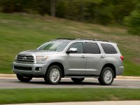2010 Toyota Sequoia Platinum, 5 of 14